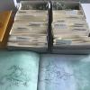 Simone Schäffer: Das Geflecht-Archiv, Fundstücke, Kartonschachteln, 2 Bücher mit Druck und Zeichnung